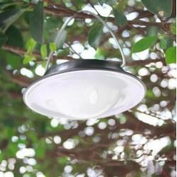 Solcellslampa för entrén och campingen